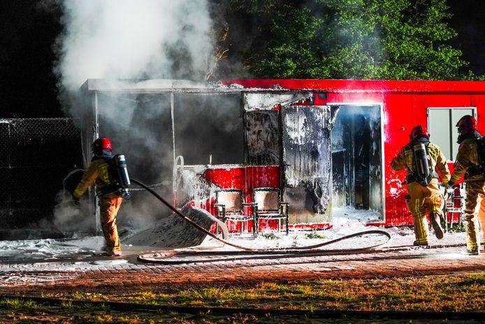 In Best stond vrijdagavond een bouwkeet in brand.