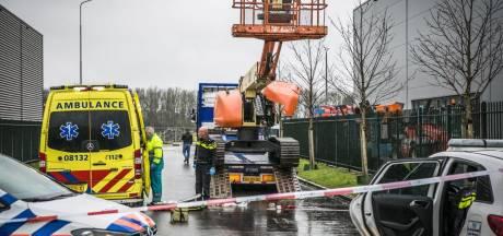 Wijchenaar (49) komt om het leven door val uit hoogwerker op bedrijventerrein Bijsterhuizen