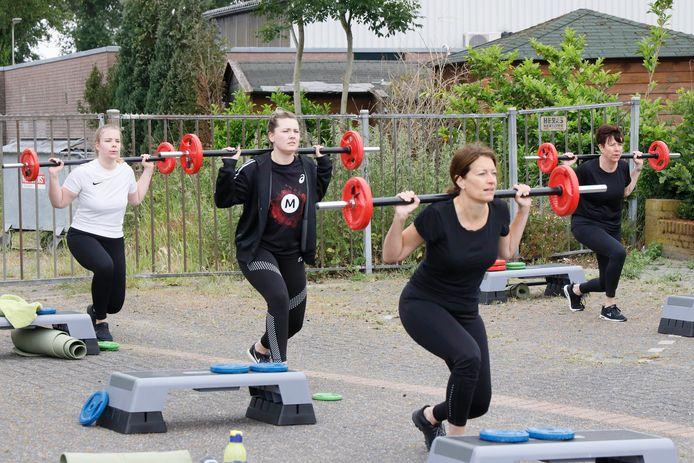 Buiten sporten bij Anytime in Millingen.
