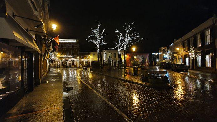 Een verlaten Ginnekenmarkt in Breda.