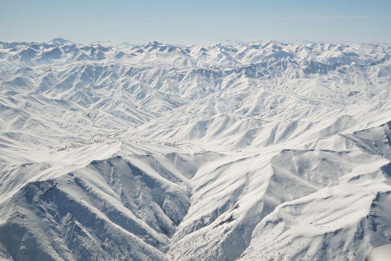 De bergen bij Van tussen Iran en Turkije. Beeld Melvyn Ingleby