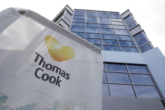 In oktober ging Thomas Cook Retail Belgium failliet. Dankzij de overname van de Spaanse groep Wamos konden wel nog bijna 200 van de 530 banen gered worden.