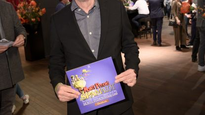 IN BEELD. Erik Van Looy als God op première 'Spamalot'