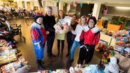 De Lisdodde speelt Sinterklaas voor vluchtelingenkinderen