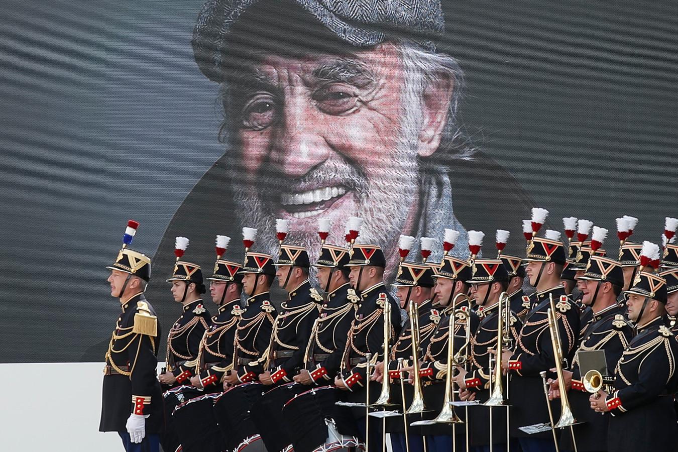 L'hommage rendu à l'acteur ce jeudi 9 septembre dans la cour des Invalides.
