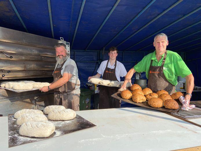 Broodbakken was een van de oude ambachten die je kon ontdekken op de Dag van de Landbouw in Zoersel. Heel wat bezoekers gingen met een artisanaal brood naar huis.