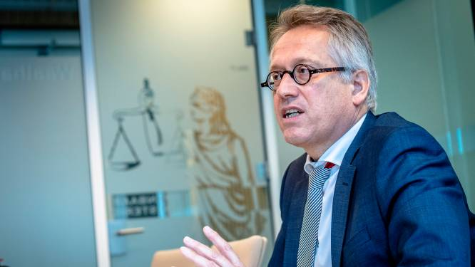 Nieuwe Rotterdamse hoofdofficier: 'Zwaardere straffen voor vuurwapenbezit en aanpak corruptie in haven'