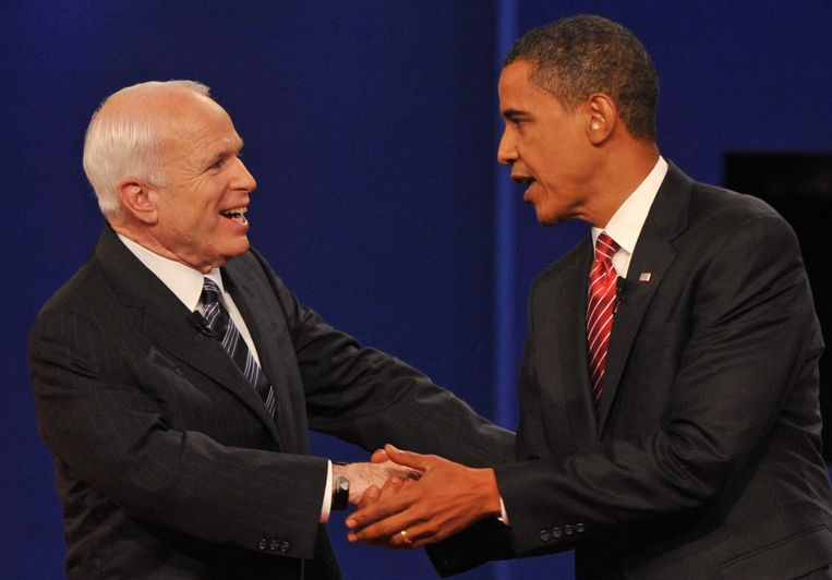 John McCain (l.) en Barack Obama (r.) in 2008.
