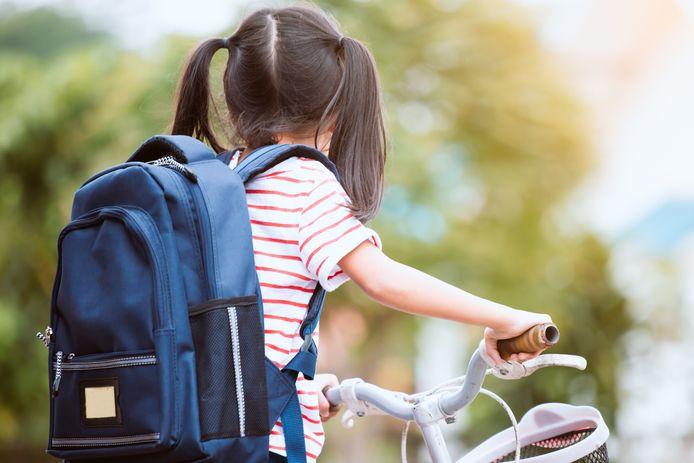 Zelf op de fiets naar school.