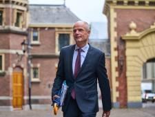 Stef Blok in gesprek met inwoners Ternaard over gaswinning