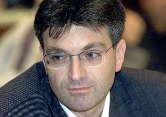 De oude burgemeester van Freiburg, Dieter Salomon, veroordeelt de aanval.