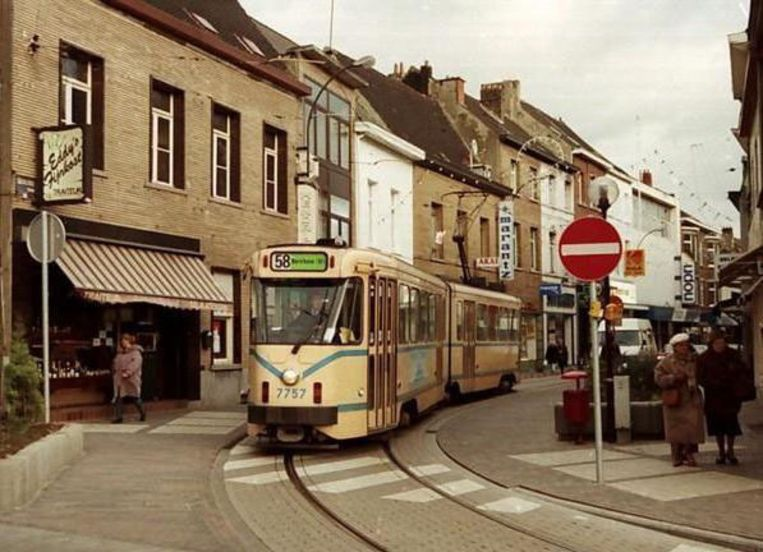 In 1994 reed de tram nog door de Leuvensestraat.