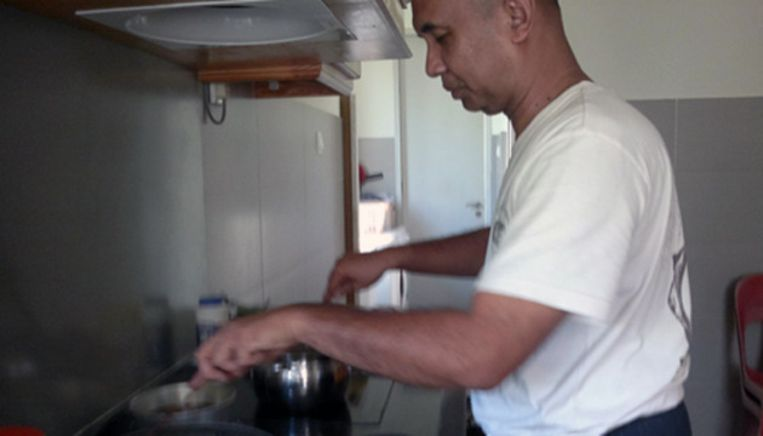 Zaharie Shah kookt in zijn vrije tijd graag Maleisisch Beeld Facebook