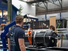 Vliegende waterstofboot van TU Delft richting Monaco