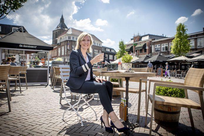 Al kan ze voorlopig nog niet op een Oldenzaals terras plaatsnemen:  Evelien Zinkweg is volledig hersteld van het coronavirus.