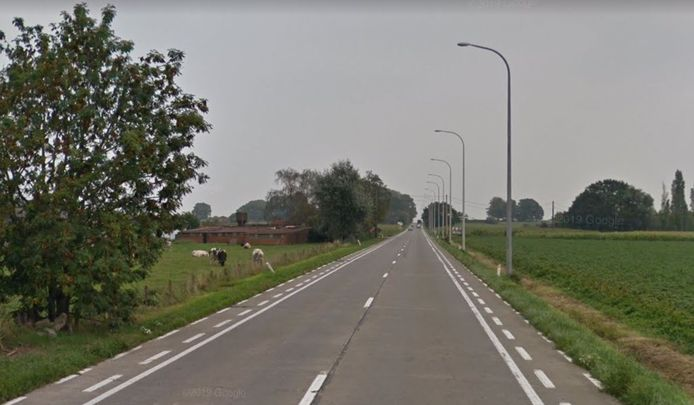 De Deinsesteenweg in Tielt.