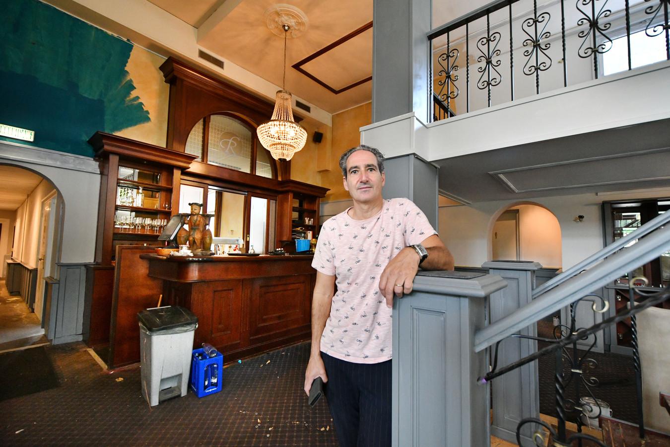 Manuel Cossu is de nieuwe exploitant van Ristorante Moderno in het voormalige hotel Rodenbach.