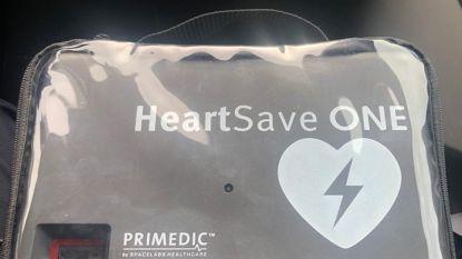 """Zaventemse politie lanceert opvallende oproep: """"Wie is eigenaar van gevonden… hartdefibrillator?"""""""