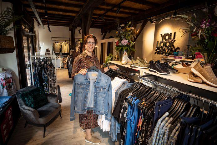 Judith Heerink heeft vorige week een nieuwe winkel in grote maten geopend, in Ootmarsum.