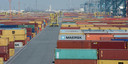 De MPET-terminal 1742 aan het Deurganckdok bevat 60 tot 70.000 containers.