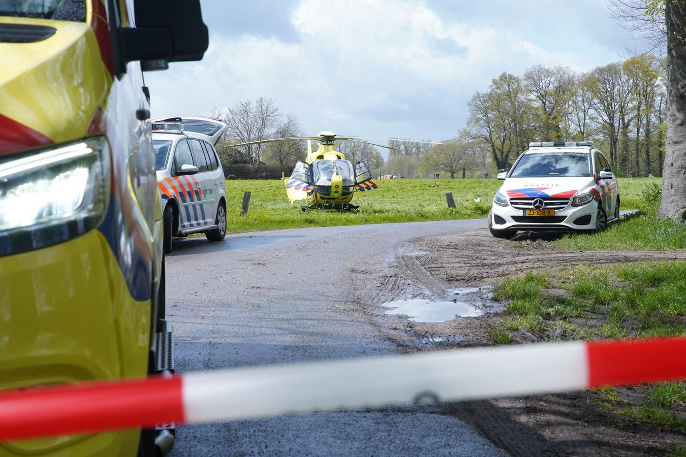 Vanmiddag vond er in Empe een ongeval plaats met een paard bij een manege op de Ganzenkolk in Empe.