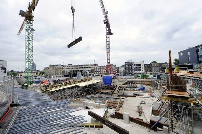 De bouwput van Station Arnhem. Foto Hans Broekhuizen/De Gelderlander