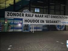 Harde kern De Graafschap eist vertrek Seuntjens na NAC-transfer; club blijft achter standpunt staan