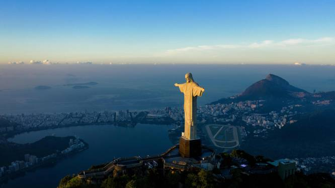 'Wereld van slot': reisbureaus willen versoepelingen afdwingen via rechter