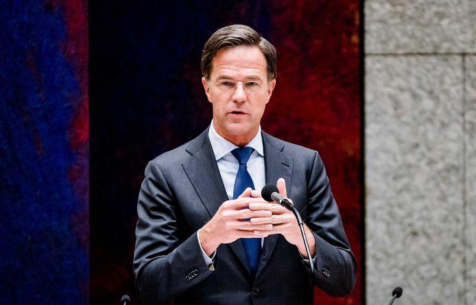 Premier Mark Rutte woensdag tijdens het plenaire debat in de Tweede Kamer over de ontwikkelingen rondom het coronavirus.