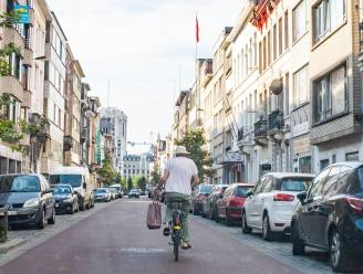 29 bestuurders beboet voor inhalen fietsers in fietsstraten