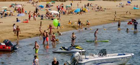 Zomers weer, maar niet zwemmen in het Haringvliet: negatief zwemadvies voor alle stranden