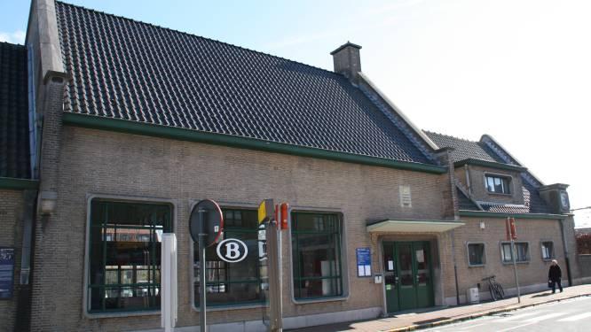 Man (25) riskeert 4 maanden cel voor slag aan treinbegeleidster, nadat ze hem verzoekt af te stappen in Diksmuide wegens geen ticket