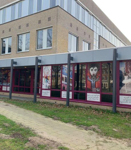 Kunstwerken op de ramen laten zien wat Muzelinck in Oss is. 'Eindelijk, het spat ervan af!'