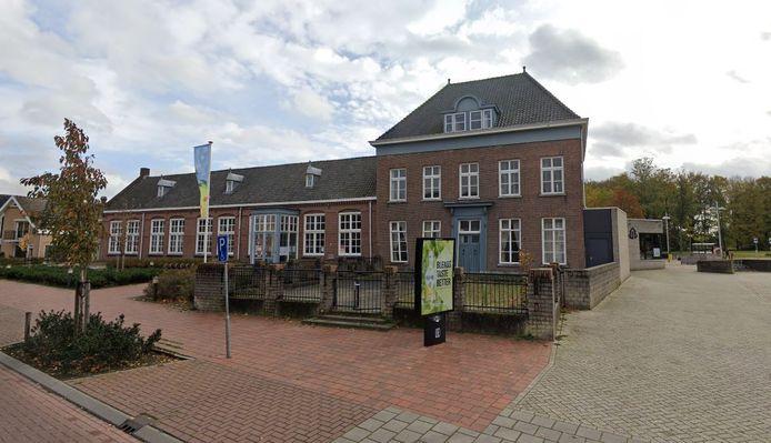 Het oude kloostergebouw in Loon op Zand.