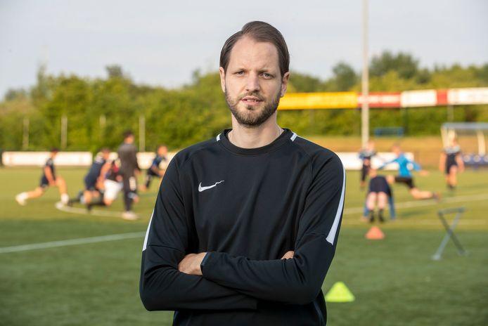 De Merino's-trainer Jeroen de Zwaan.