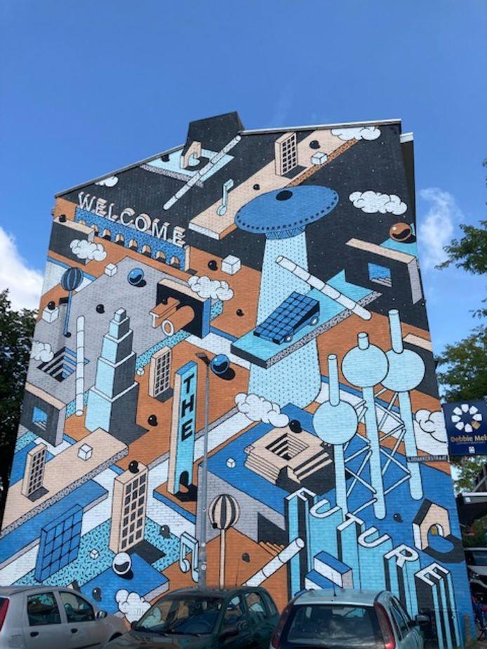 Muurschildering op een gebouw aan de Aalsterweg in Eindhoven met het Evoluon op een gebouw geplaatst.