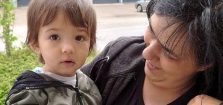 60 gezinnen ontvingen boodschappen: 'Huilend van blijdschap kwamen mensen een tas ophalen'