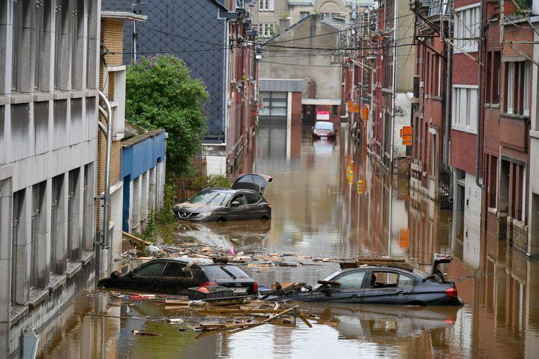 Ernstige schade in Luik door de extreme wateroverlast. Beeld BELGA
