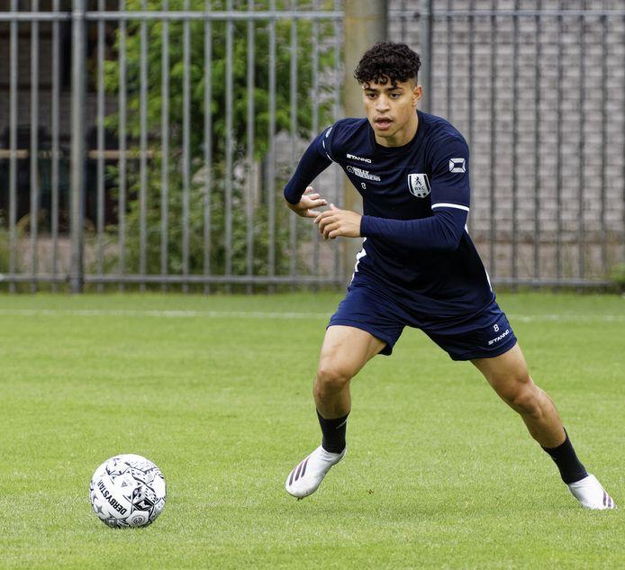 Ayman Azhil tijdens de eerste training van RKC.
