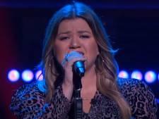 Wereldster Kelly Clarkson covert Davina Michelle op Amerikaanse tv