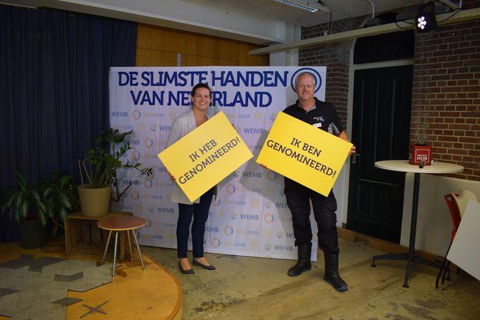 De Slimste Handen van Nederland-winnaar Michiel Kriele (rechts) met collega José Kruijff.