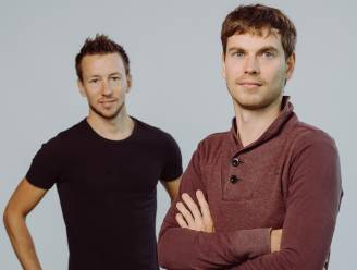 """In het bedrijf van Jonas (34) en Kristof (33) kunnen werknemers zelf kiezen hoeveel uren ze werken: """"Ideaal in tijden van corona"""""""
