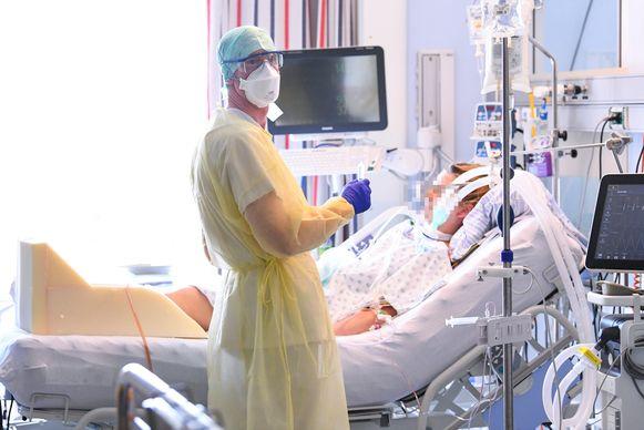 Een van de coronapatiënten die behandeld werden in een ziekenhuis in Luik.