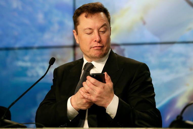 Als Tesla dit niveau op Wall Street zes maanden lang weet vast te houden, krijgt topman Elon Musk een bonus in aandelen uitbetaald ter waarde van honderden miljoenen dollars.