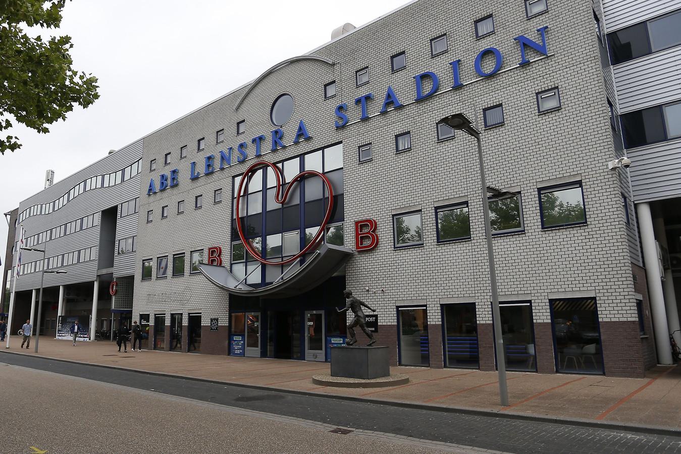Het Abe Lenstra stadion in Heerenveen.