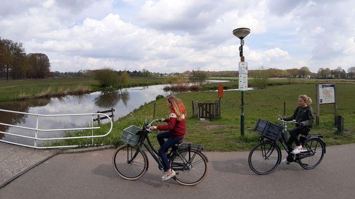 Het struinpad in het Markdal tussen het Sulkerpad in Ulvenhout en de Bieberg wordt tijdelijk afgesloten in verband met het broedseizoen.