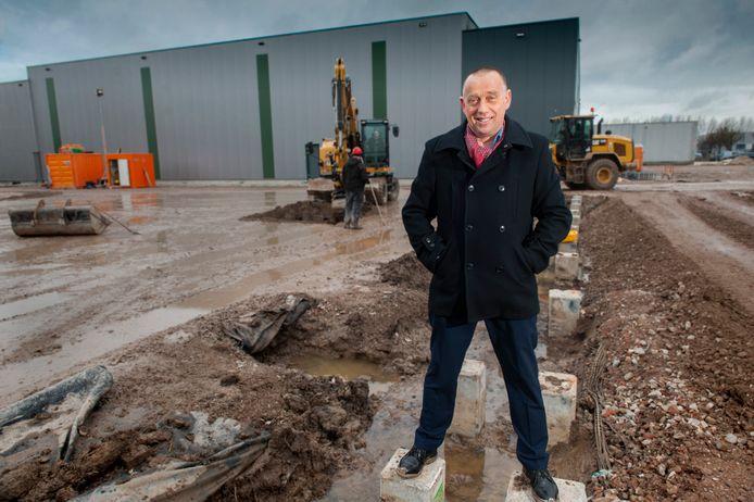 Directeur Joan Hanegraaf van Oerlemans Packaging bij de uitbreiding van zijn bedrijf op bedrijventerrein De Rietdijk in Giessen