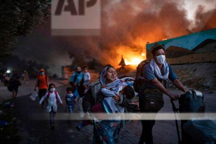 Branden in vluchtelingenkamp Moria.