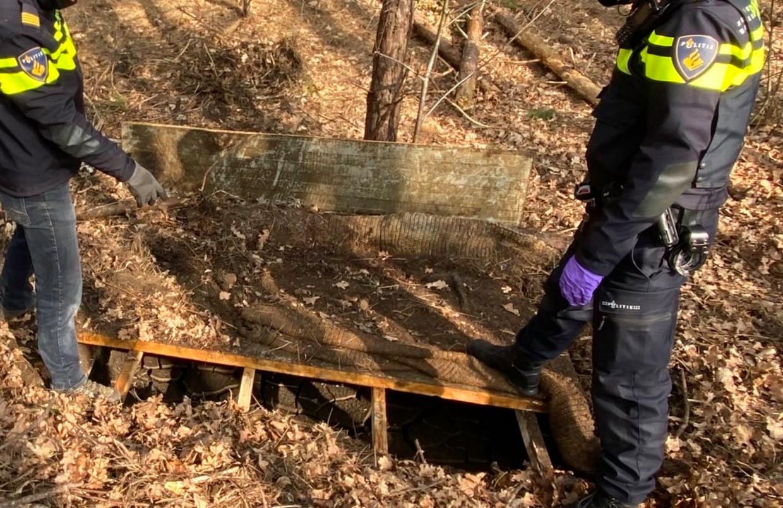 Drugsput op de Brabantse Wal, eind maart ontdekt door boswachter Erik de Jong.