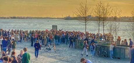 La police met fin à un rassemblement à Anvers, une personne arrêtée